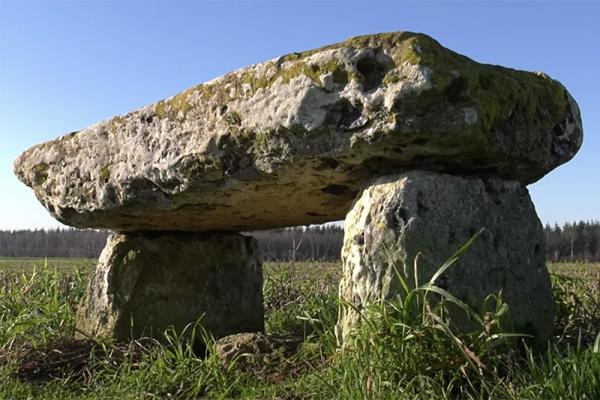 La Seine-Maritime confidentielle : le dolmen d'Ymare