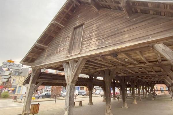La Seine-Maritime confidentielle: les halles de Buchy